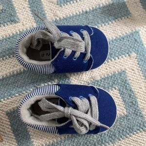 Mayoral infant shoes sz 1